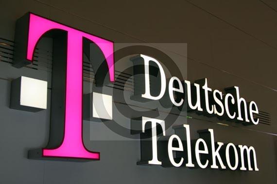 Shitja e Telekom Albania alarmon ekspertët e ekonomisë