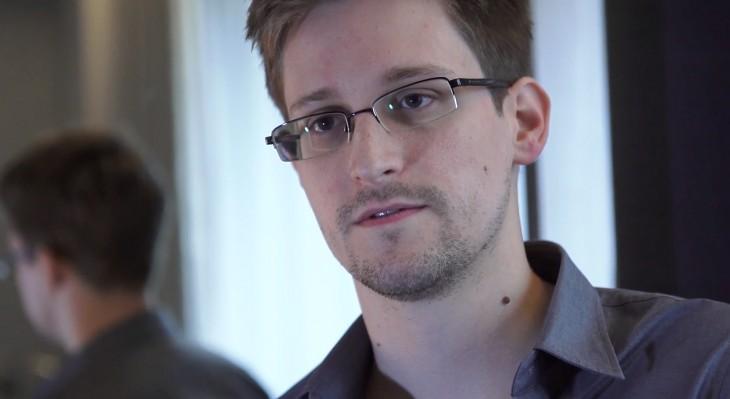 SHBA padit Snowden për librin e tij