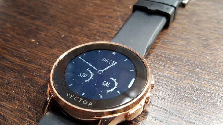 Fitbit blen startupin Europian të orëve luksoze Vector