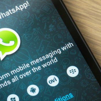 WhatsApp rikthen statuset e vjetra me tekst