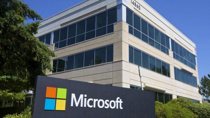 Microsoft adreson 135 probleme sigurie, ca prej tyre publike