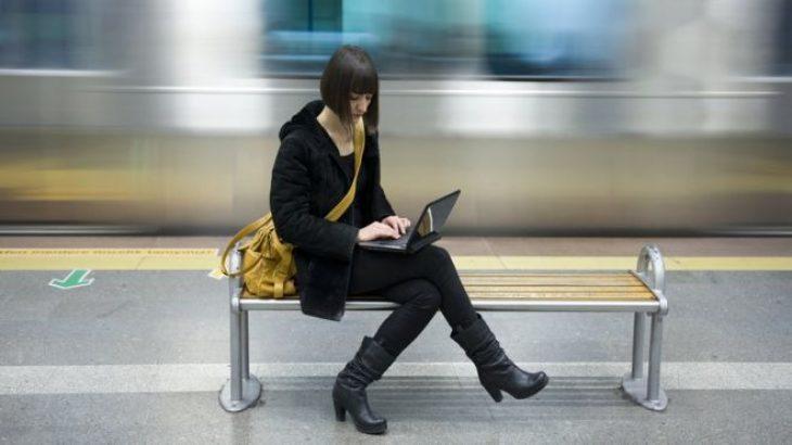 Jetëgjatësia e baterisë të reklamuar të laptopëve e ekzagjëruar citon një raport