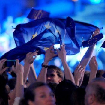 Parlamenti Evropian jep dritën jeshile për heqjen e tarifave roaming