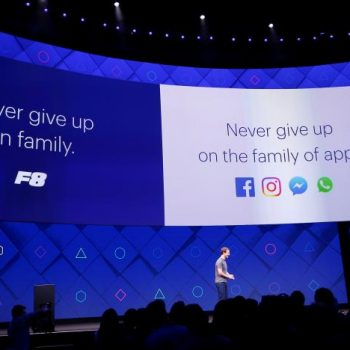 Facebook inspirohet nga realiteti i shtuar, Zuckerberg tregon vizionin e tij