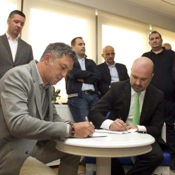 Z Mobile dhe Telekomi i Kosovës gjejnë akordin, Telekomi i shpëton falimentimit