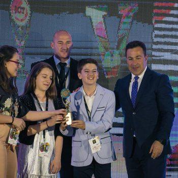 Loran, Raesa dhe Penda: Intervistë me Akademinë jCoders dhe Yjet në Ngritje në Edicionin e Pestë të Albanian ICT Awards