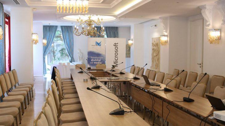 Forumi i parë kushtuar revolucionit dixhital në media MediaTIK trajtoi sfidat e gazetarisë shqiptare në teknologji