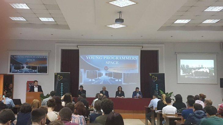 """Fakulteti i Shkencave të Natyrës pranë Universitetit të Tiranës organizoi aktivitetin """"Këndi i Programuesve"""""""