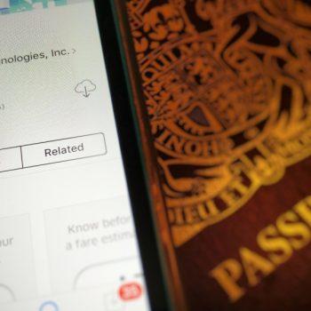 Shoferët e Uber duhet të licencohen u shpreh një gjykatë Evropiane