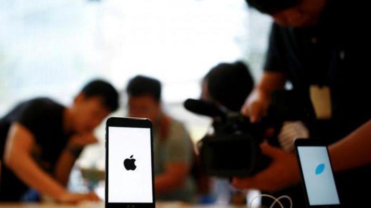 Apple raporton rënie të shitjeve të iPhone