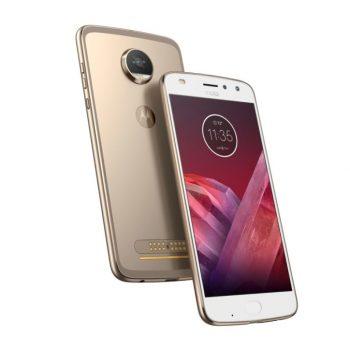 Me Moto Z2 Play Motorola ende beson në një telefon modular