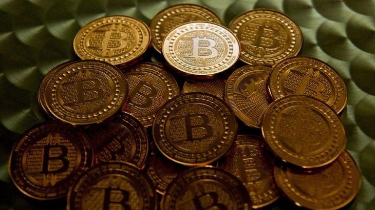 Bitcoin kap vlerën rekord të 3,000 dollarëve