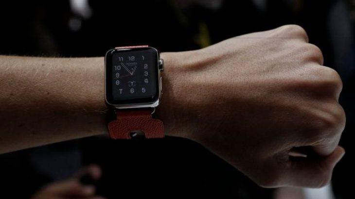 Apple do të prezantojë një orë inteligjente me LTE: Bloomberg