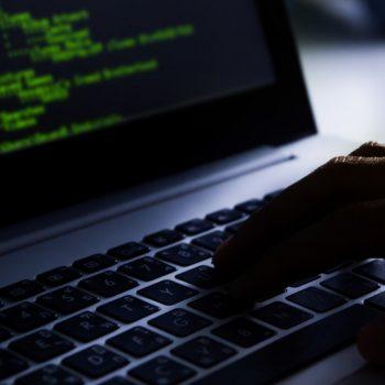 Sulm kibernetik ndaj Gjeorgjisë, SHBA dhe Britania fajësojnë Rusinë