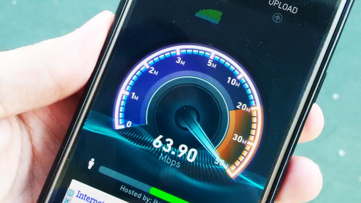 Lulëzon interneti mobil në Shqipëri, internet fiks as në mesataren e vendeve në zhvillim