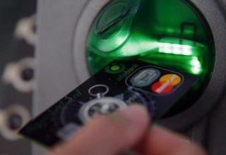 Një problem satelitor nxjerr mijëra ATM jashtë funksionit në Indonezi