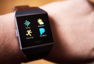 Fitbit sfidon Apple me orën e re inteligjente Ionic