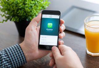 WhatsApp identifikon bizneset me tiketa jeshile