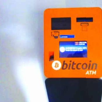Vlera e Bitcoin ra nën 4,000 dollar