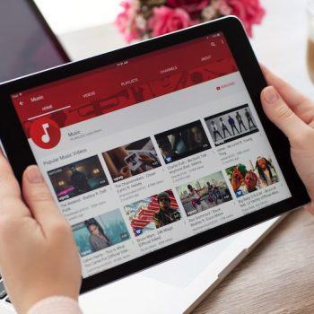 YouTube ka mbledhur ilegalisht të dhëna nga fëmijët