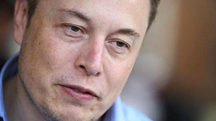 Elon Musk: Një garë globale në inteligjencën artificiale do të thotë një Luftë të Tretë Botërore