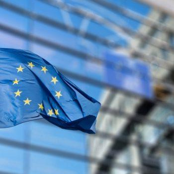 Vetëm Google dhe Facebook i detyrohen BE-së 5.4 miliard euro taksa të papaguara