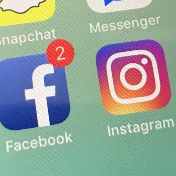 Dy anët e rrjeteve sociale