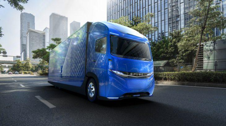 Kamioni i parë elektrik i Daimler përshkon një distancë prej 350 kilometrash