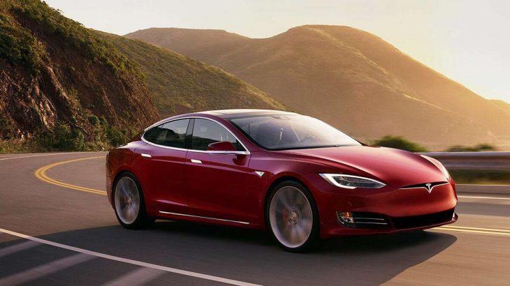 Tesla largon 400 punonjës si rezultat i performancës së dobët