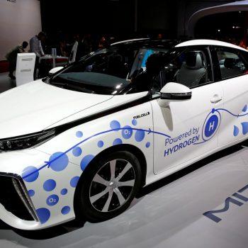 Makinat me hidrogjen, Toyota beson se Mirai ka një të ardhme