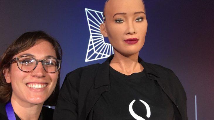 Sofia, Arabia Saudite i jep shtetësinë një roboti