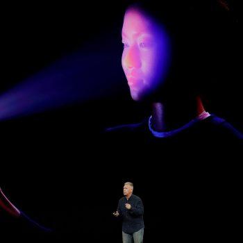 FBI-ja ka përdorur fytyrën e një të dyshuari për tu qasur në iPhone X