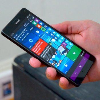 "Microsoft ""vret"" Windows 10 Mobile"