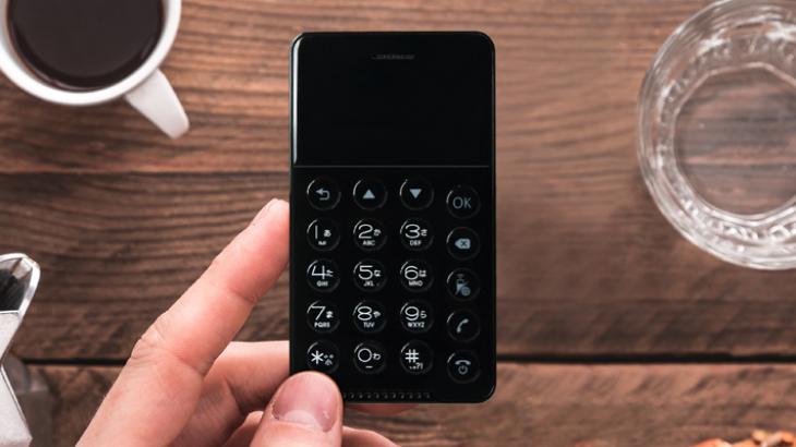 NichePhone S, smartphone i vogël sa një kartë krediti