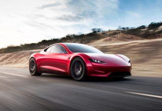 Tesla prezantoi makinën më të shpejtë në botë, Roadster