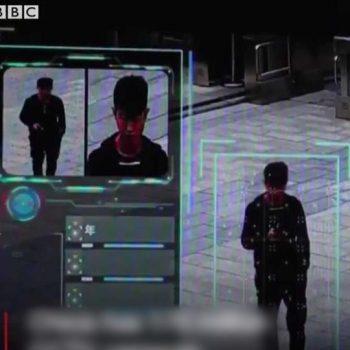 Kinë, sistemi më i sofistikuar në botë i mbikëqyrjes identifikon gazetarin e BBC në 7 minuta