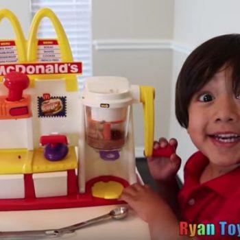 Një 6 vjeçar fiton 11 milion dollar në vit me kanalin e tij në Youtube
