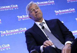 Ekzekutivi i JP Morgan Jamie Dimon tërhiqet nga komentet e ashpra ndaj bitcoin