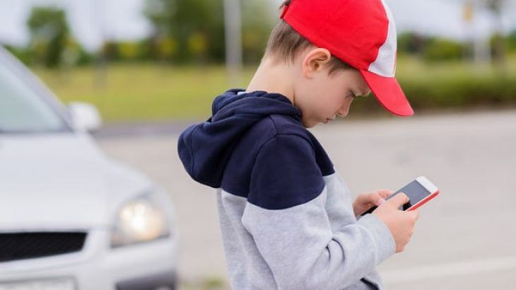 110 ekspertë të shëndetit kërkojnë nga Facebook tërheqjen e aplikacionit Messenger Kids