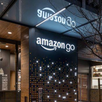 Amazon në të ardhmen mund të ketë 70 milionë klientë bankar