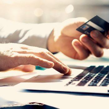 Mbi 350 mijë euro nga blerjet online
