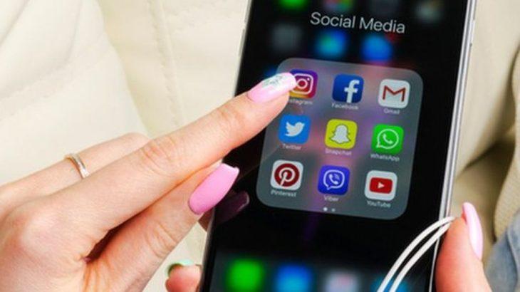 1 milion përdorues të Snapchat kërkojnë rikthimin e dizajnit të vjetër të aplikacionit