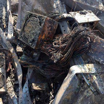 Një fabrikë monedhash kriptografike në Rusinë Lindore shpërthen në flakë nga nxehtësia e lartë