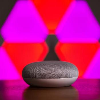 Google Assistant tashmë mund të transferojë para