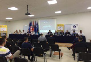 """Në UBT u mbajt konferenca e parë kombëtare për """"Infrastrukturat Kritike të Informacionit dhe Mbrojtja e tyre – CIIP & GDPR"""""""