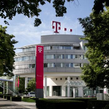 Deutsche Telekom parashikon fitim prej 23.4 miliardë euro fitim për 2018-ën