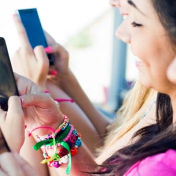 Adoleshentët lënë Facebook për Youtube dhe Instagramin