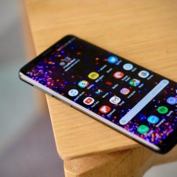 Telefonët Samsung u dërgojnë fotot tuaja kontakteve