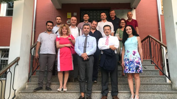 """ICTSmedia organizoi takimin """"Afrimi midis Akademisë dhe Industrisë së ICT"""" me të ftuar nga fusha e akademisë dhe ekosistemit ICT"""