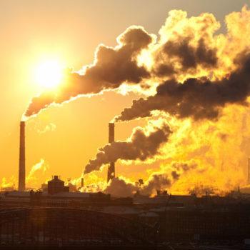 Ndotja e planetit, celularët dhe internet po luajnë rol